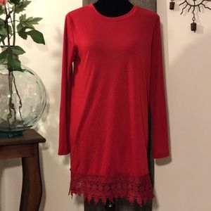 Red Lacy T-Shirt Tunic with Flower Lace Hem